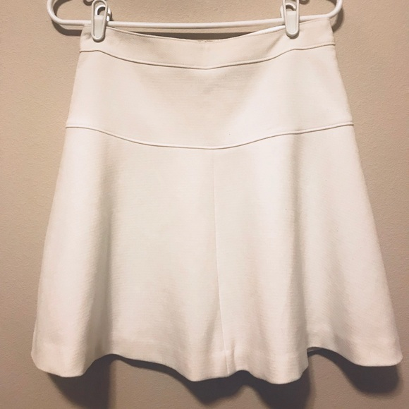 643e7ded80 Banana Republic Dresses   Skirts - White banana republic fit   flare skirt